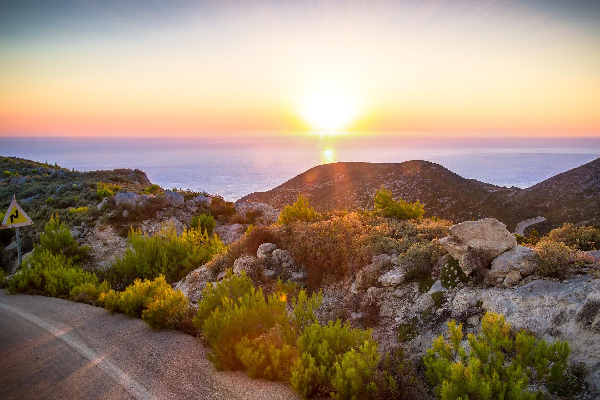 Keri - Leuchtturm mit Sonnenuntergang